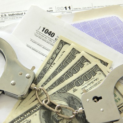 Couple Jailed for Scamming More Than a Couple Dollars From the IRS